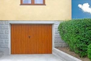 Dvojkrídlové a jednokrídlové garážové brány