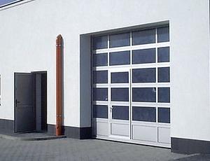 Priemyselné garážové brány
