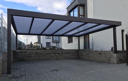 VIEW - pergola s polykarbonátovou plochou strechou